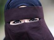 Nizozemska uvela zabranu burke i nikaba na javnim mjestima