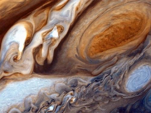 NASA-ina letjelica šalje fotografije oluje koja je veća od Zemlje