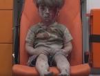 Ranjeni dječačić rasplakao svijet i postao novi simbol Alepa