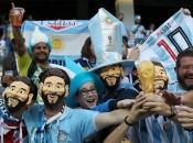 Povratak Argentinaca s aparata u život