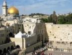 Židovi zapalili katoličku crkvu