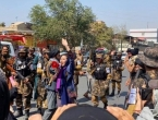 Žene prosvjedovale na ulicama Kabula, novinarke privedene i pretučene