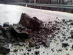 Stanje na cestama: Oprez zbog magle i odrona