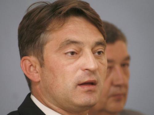 Komšić ne želi odustati od kandidature zbog Dragana Čovića