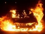 Zapaljen Passat koji je korišten u razbojništvu u Mostaru
