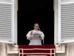 Papa potresen zbog žrtava džihadističkog napada u Egiptu