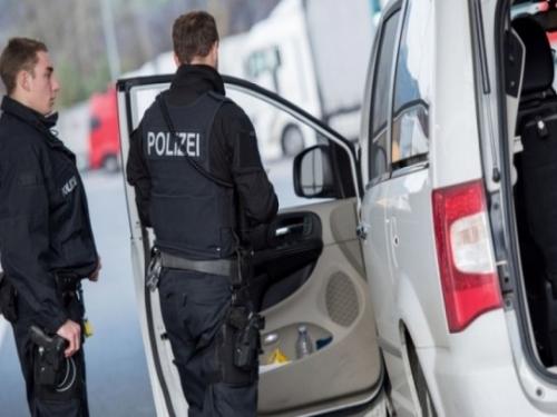 Uhvaćen trojac iz BiH: U Njemačku s PCR testovima prepunim pravopisnih grešaka