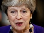 Ostalo je šest mjeseci do Brexita, a britanska premijerka ima sve više problema