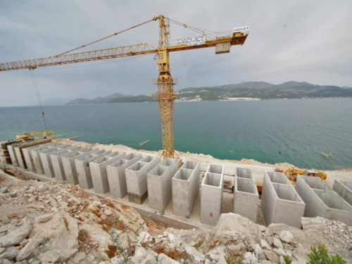 'Poslovi na izgradnji Pelješkog mosta odvijaju se brže nego je predviđeno'