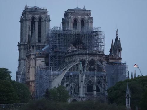 Prve fotografije: Ovako Notre Dame izgleda nakon požara...
