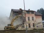 FOTO: Ruši se stara zgrada u Prozoru