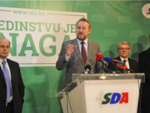 SDA pozvala međunarodnu zajednicu da uvede sankcije Dodiku zbog secesionizma
