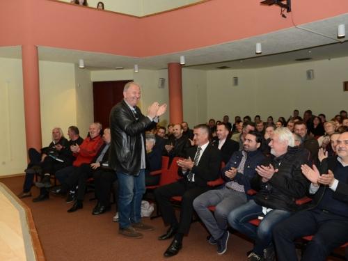 FOTO: U Prozoru održana promocija knjige Čovjek i njegova sjena dr. Ante Kovačevića