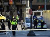 Objavljene fotografije: Policija traga za četiri napadača