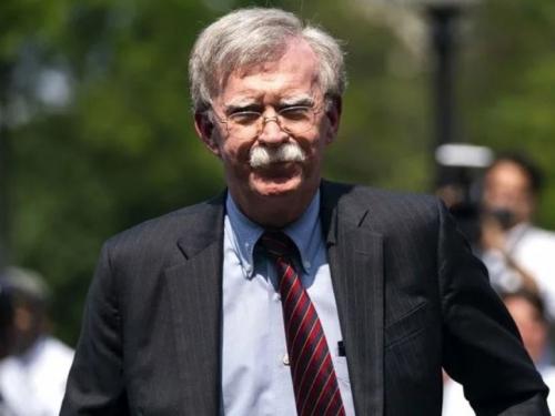 Iranski ministar: Žeđ za ratom mora otići iz Bijele kuće skupa s ratnim huškačem