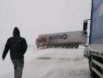 Na Kupreškom polju dva kamiona skliznula s ceste
