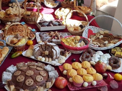 FOTO: Dani kruha u OŠ Ivana Mažuranića Gračac