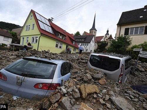 U poplavama diljem Europe poginulo najmanje 18 osoba