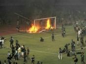 Navijači nakon poraza svoje momčadi demolirali stadion