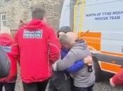 VIDEO| Nestao tijekom planinarenja pa se pojavio na konferenciji za medije obitelji