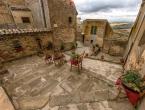 Još jedan talijanski gradić prodaje kuće za euro i nudi novac za obnovu