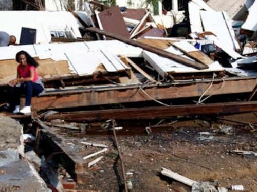 Oluje na jugu SAD-a usmrtile najmanje 18 osoba