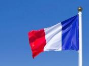 Francuska uvodi obavezno isticanje zastave u svim školskim učionicama