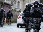U Parizu pronađeno skladište s oružjem; privedene dvije osobe
