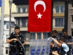 Turska uhitila više od 300 kritičara protukurdske ofenzive u Siriji