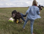 Novinarka koja je nogom udarala migrante oslobođena