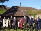 Izaslanstvo Vlade RH pohodilo banjolučkog biskupa Komaricu