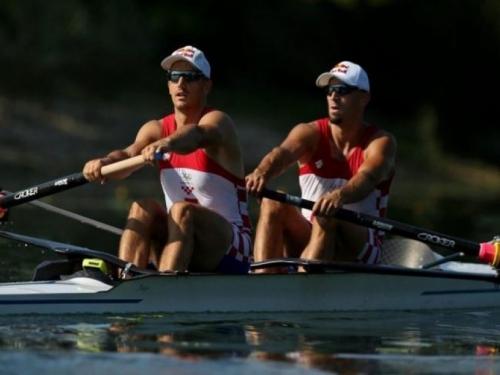 Braća Sinković u finalu veslaju za novi ulazak u povijest