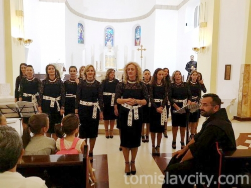 ''Čuvarice'' održale koncert u Tomislavgradu
