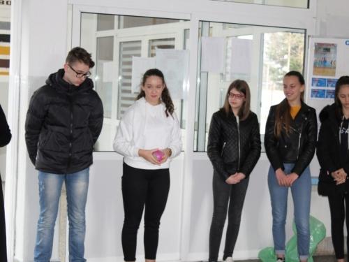 FOTO: Vlč. Jakov Kajinić održao duhovnu obnovu mladima u Prozoru