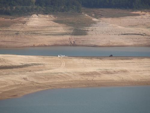 "FOTO: Jedrilica ""pala"" na Ramsko jezero"