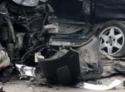 Težak sudar tri vozila kod Žepča, poginule dvije osobe
