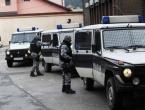 Tuzla: Pucali na policajce pa ih pokušali pregaziti, uhićeno više osoba