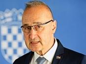 Radman: Hrvatska postavlja vojnu bazu na Kosovu i Metohiji