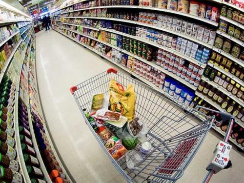 Trgovci neprestano dižu cijene hrane