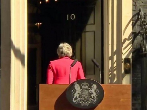 Theresa May: Dala sam sve od sebe, odlazim