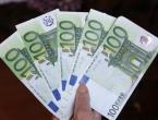 Udala se za svekra zbog mirovine od 800 eura