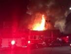 Broj žrtava u kalifornijskom noćnom klubu narastao na 33