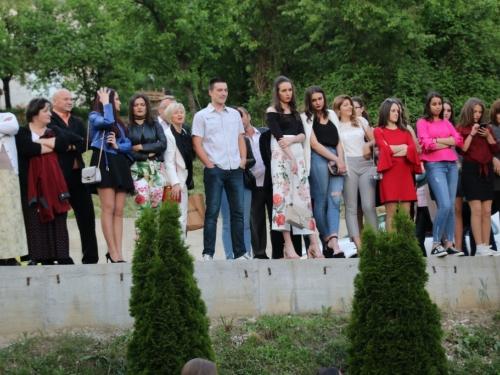 FOTO: Matura 2018. - Defile mladosti na ulicama Prozora