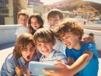 Ostaju li djeca bez djetinjstva zbog pametnih telefona i društvenih mreža?