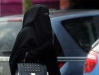 Britanska stranka traži zabranu burki jer izazivaju nedostatak vitamina D