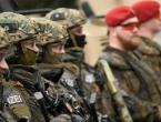 Merkel: Izdvajat će se više novca za vojsku