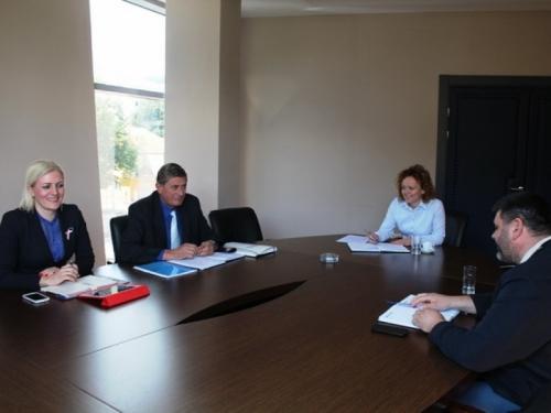 Održan radni sastanak predstavnika Uprave i sindikata EP HZ HB