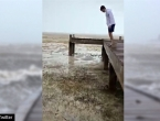 Apokaliptični prizori: Uragan ''usisao'' more