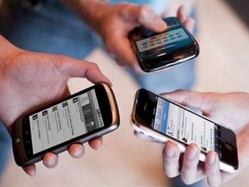 Europljani više i češće koriste mobilne telefone u inozemstvu