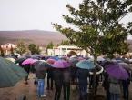 Stotine građana na sahrani Mirele Rezo: Emotivan govor svećenika